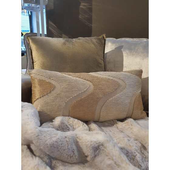 Rechthoekig kussen wave ivoor/champagne 60x25