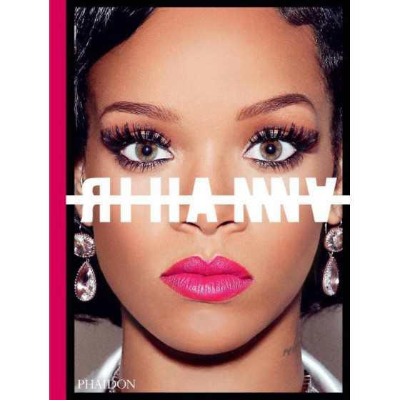 Rihanna boek XL 55x40cm