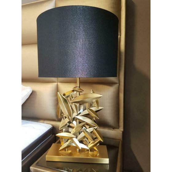 Tafellamp met gouden voet inclusief kap 70cm