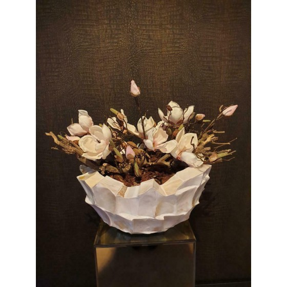 Opgemaakte schelpenvaas broken bowl 40 cm magnolia wit parelmoer