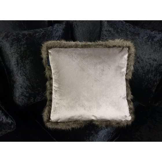 Velvet kussen met bontrand zilver grijs 45x45 cm
