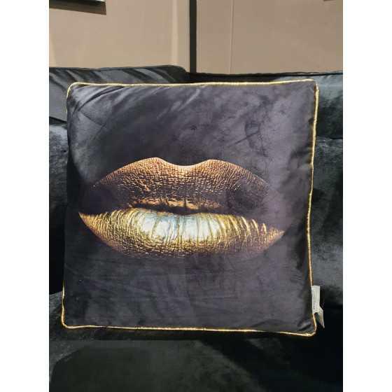 Kussen zwart met gouden bies en gouden lippen 45x45