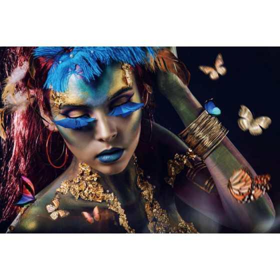 Glasschilderij Vrouw blauwe wimpers breed 120x80 cm