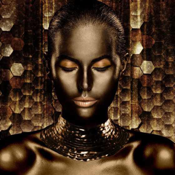 Glasschilderij golden woman 80x80cm