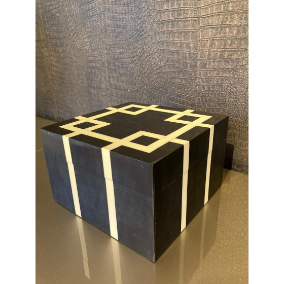 Diga Colmore box black & White 20x20cm
